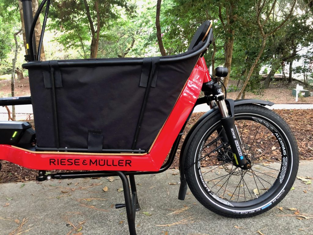 Riese and Muller Packster 40
