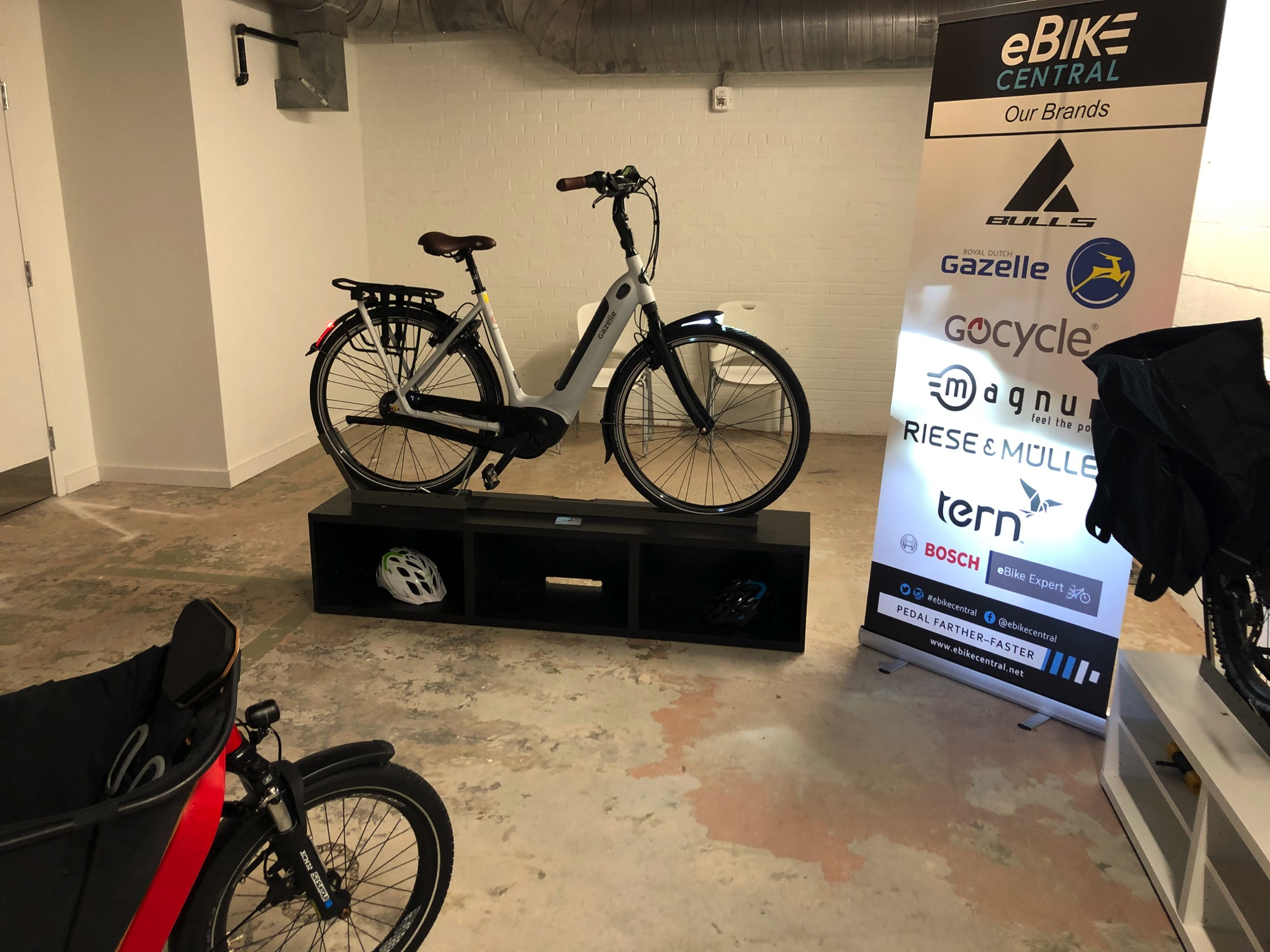 eBike Central and Governor Roy Cooper in Belmont NC