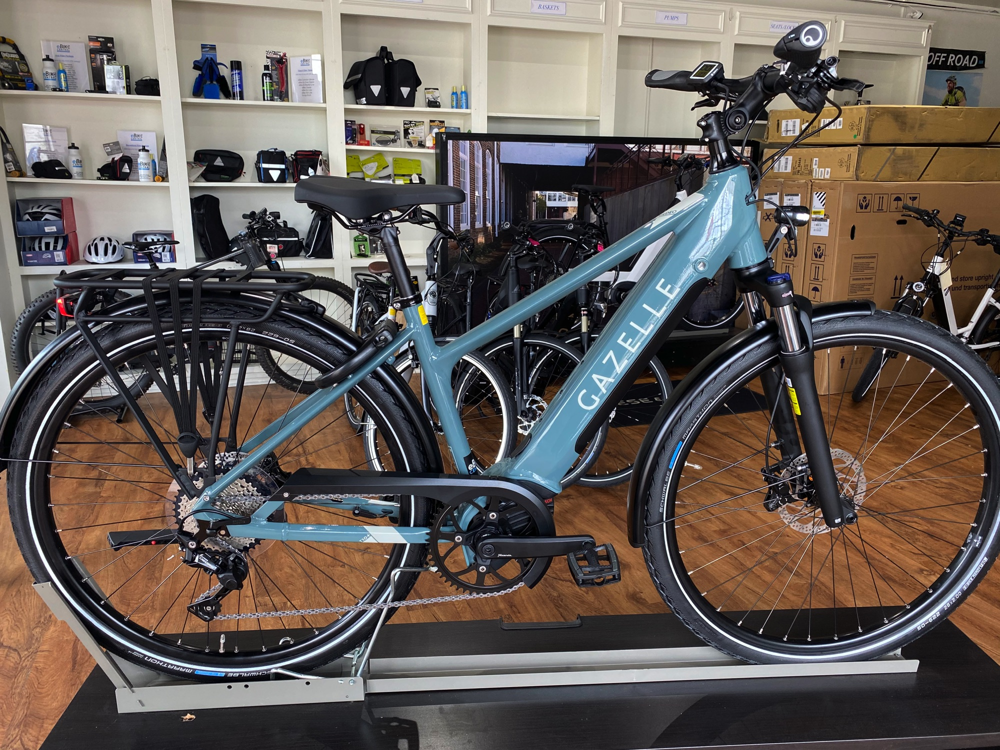 Gazelle Medeo T10+ electric pedal assist bicycle