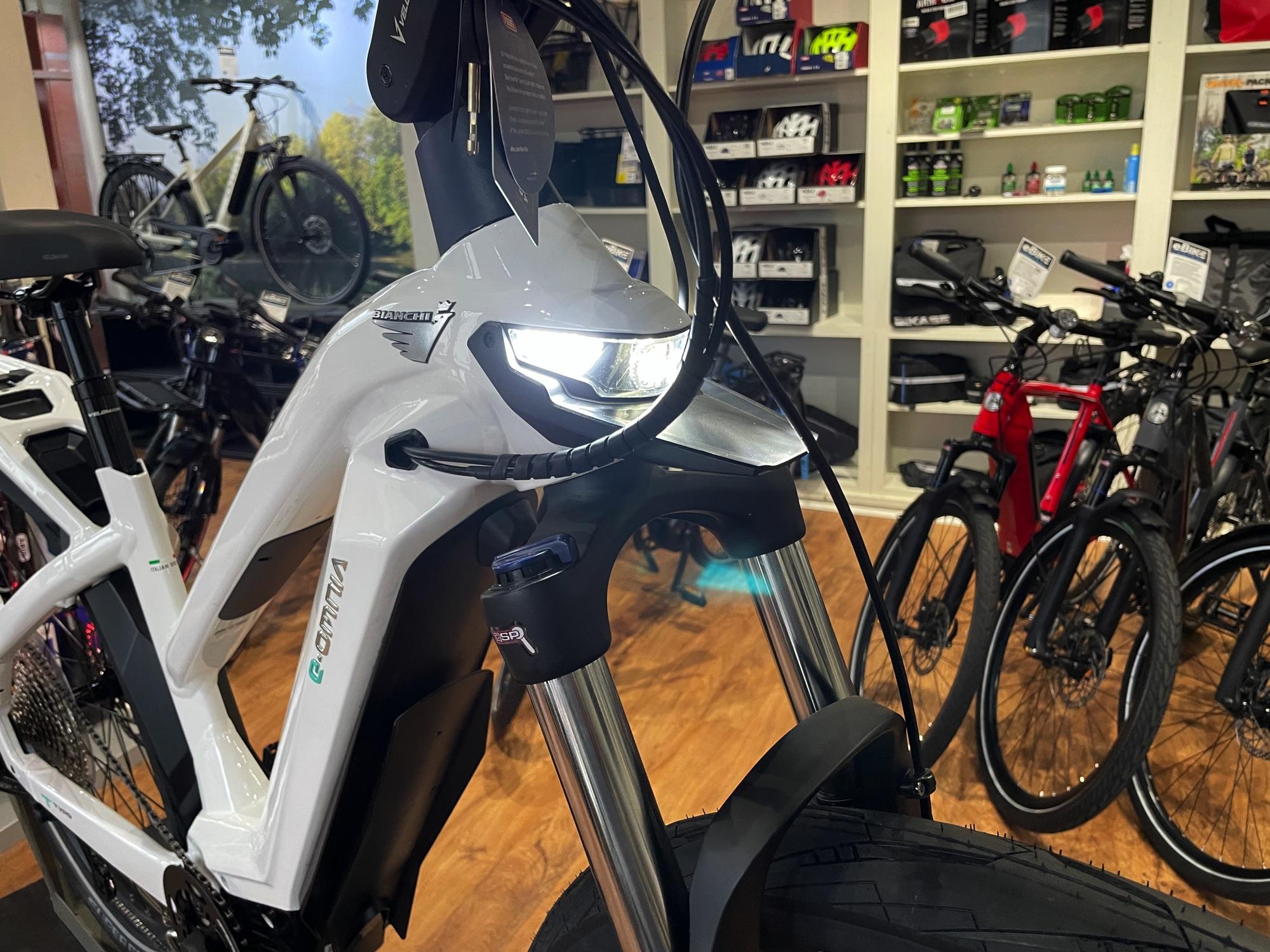 Bianchi eBike - e-Omnia T-Type Mid Step White